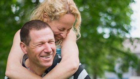 Защо женените мъже изневеряват, но остават при съпругите си