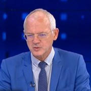 Васил Велев: Не се очаква увеличение на безработицата наесен