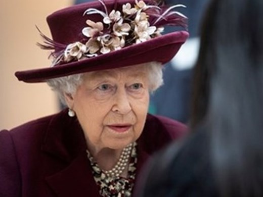 Британската кралица Елизабет Втора отложи визита в Северна Ирландия по съвет на лекарите
