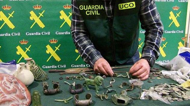 Българска мафия върти търговия на антики в Испания