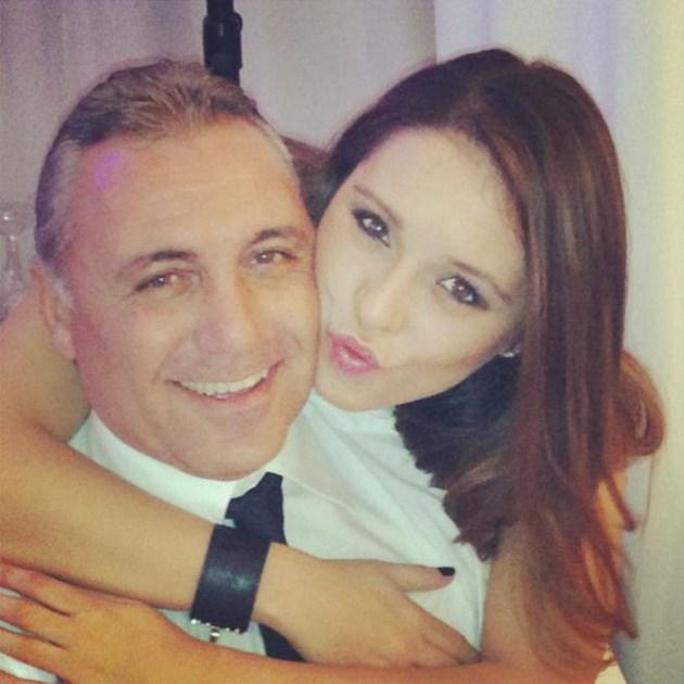 Мика Стоичкова винаги е засвидетелствала обичта към татко си