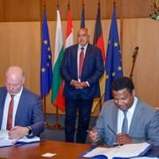 Подписаха договора за  концесията на летище София