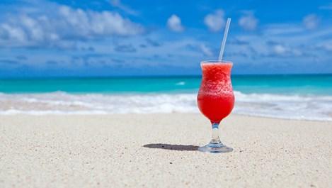 Защо не трябва да се пият натурални сокове през лятото