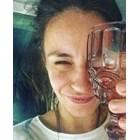 Радина редува фитнес с вино
