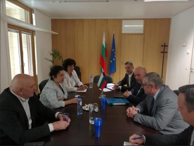 България и Чехия оповестиха предприетите мерки срещу африканската чума