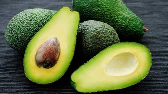 Защо авокадото е супер храна за бебета