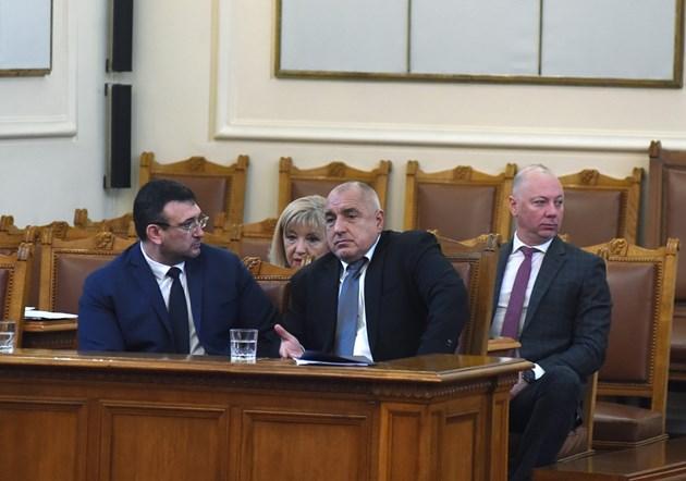 Без винетки за селата край София и Варна, преговарят за други 12 града (Обзор)