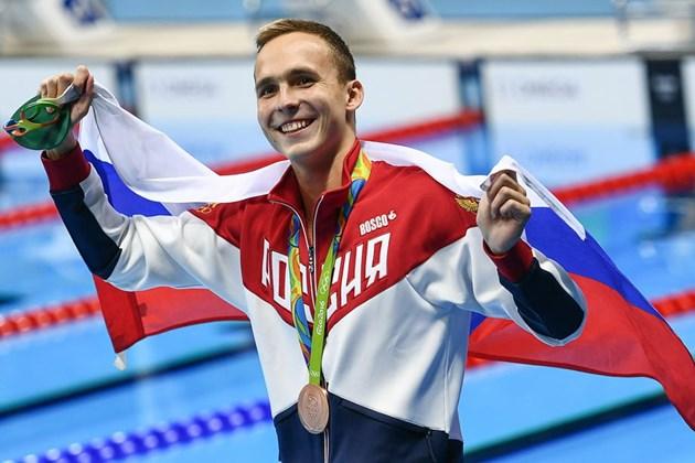 Руски плувец иска да участва