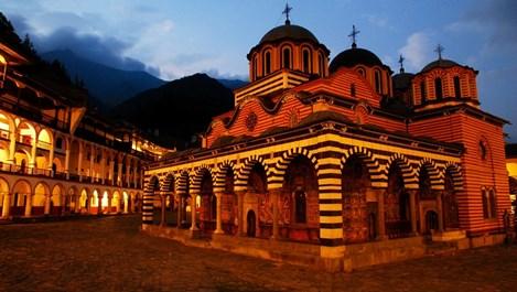 Нели Конуей: Ангелите пазят светите места в България