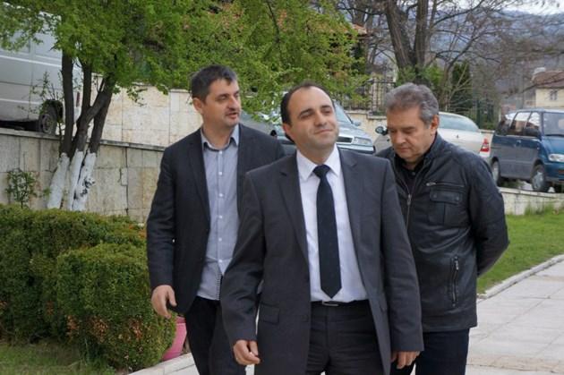 30 бона на общинари предлага кметът на Костенец