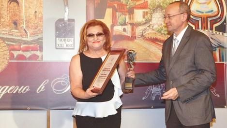 Елена Кумбиева: Лидерът трябва да бъде пример и да внушава, че избраният път е верният