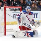 Сашо Георгиев с 45 спасявания в НХЛ