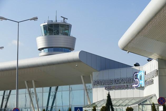 Желязков назначи временен шеф на летище София и обяви нов конкурс за мениджъри