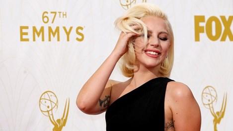 """Обявиха Лейди Гага за жена на годината на списание """"Билборд"""""""