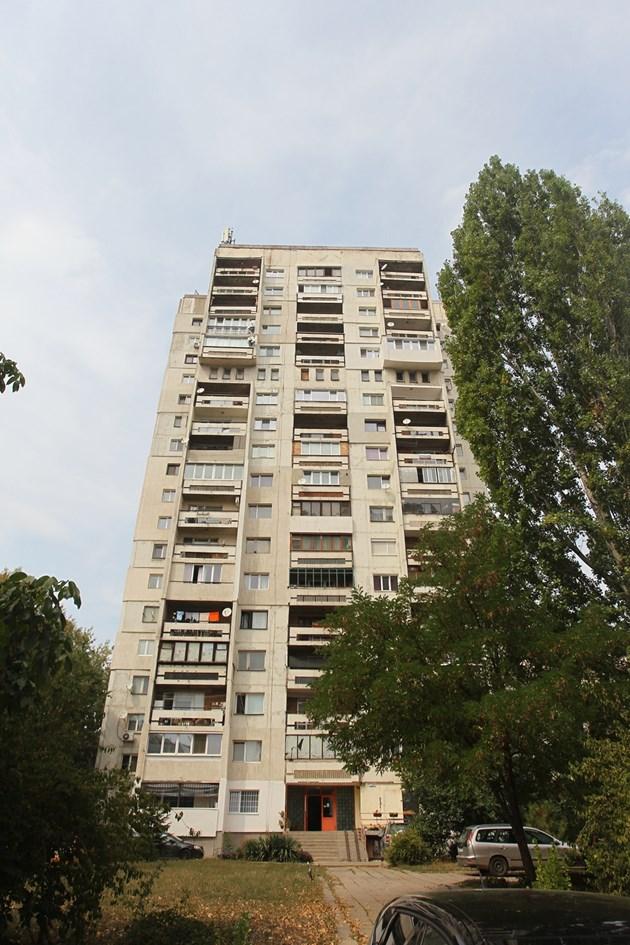 Аверът на Шляпашки прилапва 1/2 апартамент срещу... къртач