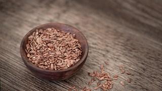 Какво се случва с тялото, ако всеки ден ядем ленено семе