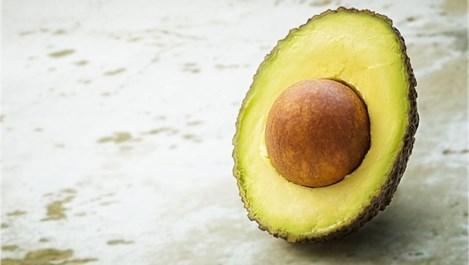 Как да съхраним авокадото зелено