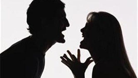 Скандалите с половинката ни карат да пълнеем
