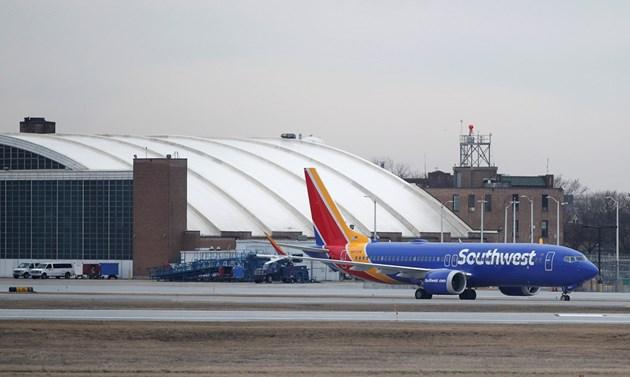 Боинг приземи всички самолети от модела 737 MAКС