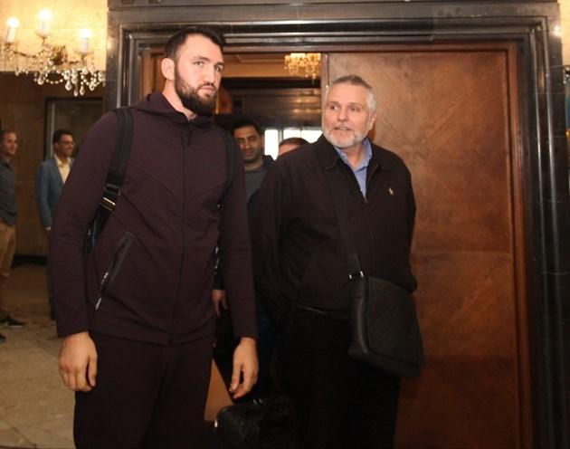 7a5b374e9e8 Съперникът на Кобрата Хюи Фюри пристигна в София (Снимки) - България ...