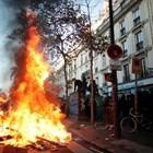 Сблъсъците на протеста срещу полицейското насилие в Париж (Фотогалерия)