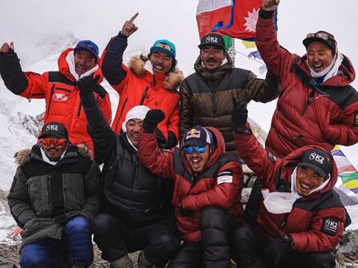 10 непалци сториха немислимото - изкачиха К2 през зимата, испанец загина