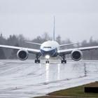 """Новият самолет на """"Боинг"""" излетя на първи полет (Снимки)"""