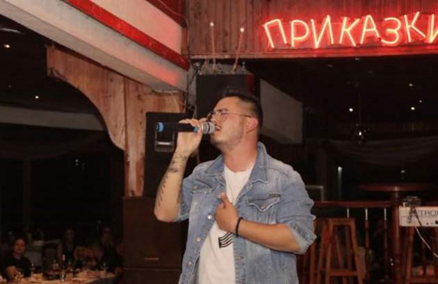 """Радко от """"Гласът на България""""става чалгаджия"""