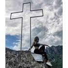 Райна по сутиен до кръст