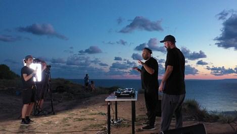 Телевизия ММ стартира новия си проект CONNECTIONS с DJ сет от нос Калиакра
