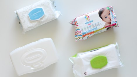Полезни употреби на мокрите кърпички в домакинството