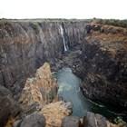 Водопадът Виктория пресъхна (Снимки)