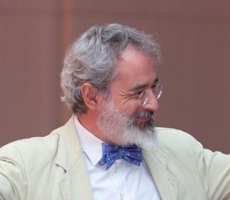 Емануеле Янини е професор по ендокринология и сексология в Рим. СНИМКА: ФЕЙСБУК