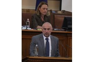 Любомир Каримански замеси името на шефката на МВФ в надпреварата на поста управител на БНБ, в която самият той влиза.