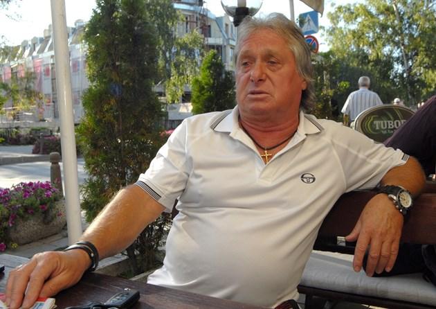 Футболната легенда Тодор Барзов:  Унижиха ме с 330 лв. пенсия