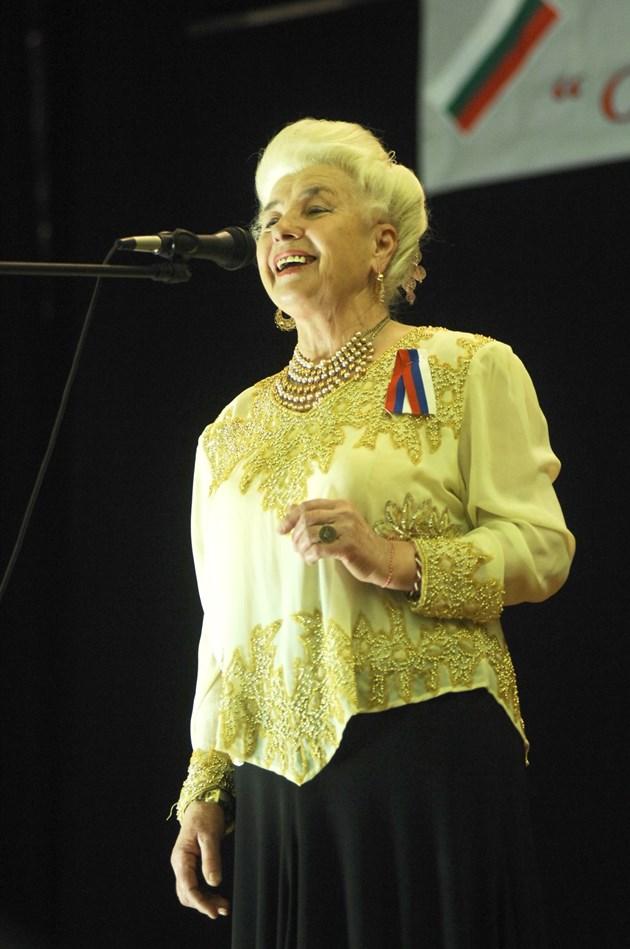 Голямата певица Янка Рупкина: Погребах мъжа си и осиротях!