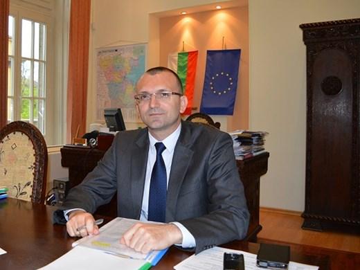 Областният на Бургас: Отделянето на Обзор е в ръцете на Министерски съвет