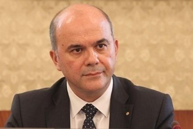 Бисер Петков: Прогнозите сочат, че до 2034 г. спадът в заетостта ще бъде около 6%