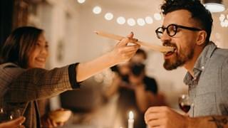 7 ситуации, в които лъжата не е грях в една връзка