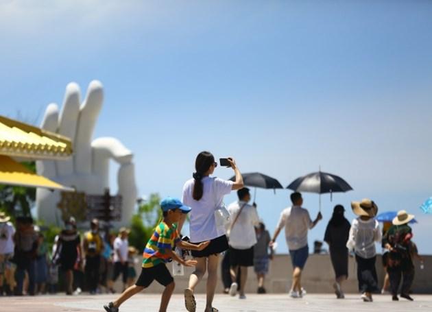 Приходите от туризма по време на празника Дуану в Китай са 29,43 милиарда юана