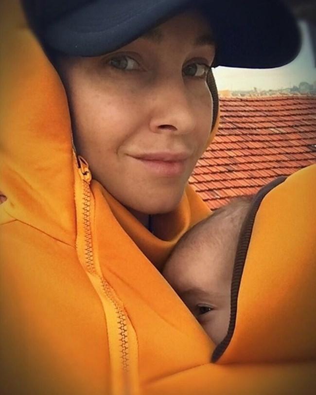 Алекс Раева с дъщеричката си СНИМКА: ЛИЧЕН ПРОФИЛ НА АЛЕКС РАЕВА В ИНСТАГРАМ