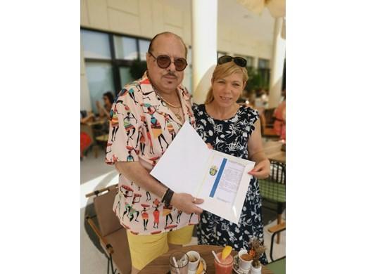 Иван Тенев с почетна грамота от кмета на Бургас