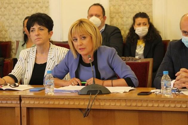 Комисията за ревизия изслушва ръководството на столичното парно