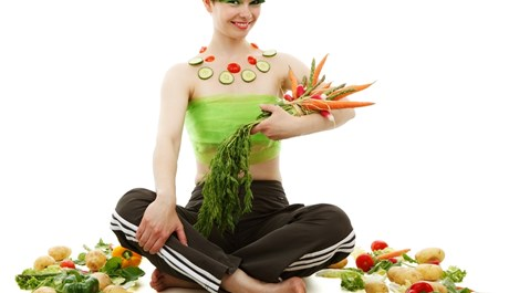 10 начина на хранене след 40, за да не пълнеем