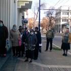 Извиха се опашки за пенсии пред пощите в страната /ФОТОГАЛЕРИЯ/