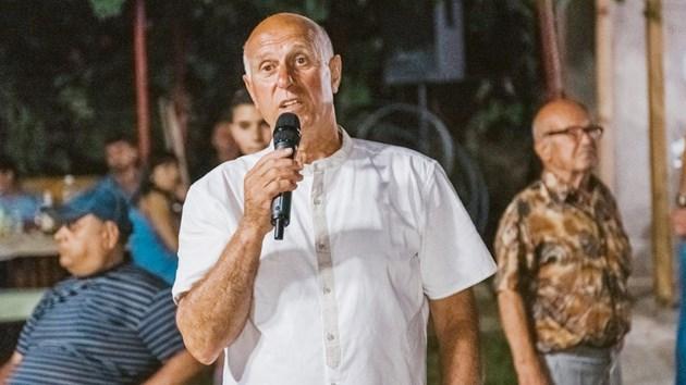 Лечителят Кръстю Ангелов: Излекувах Вальо Михов от подагра