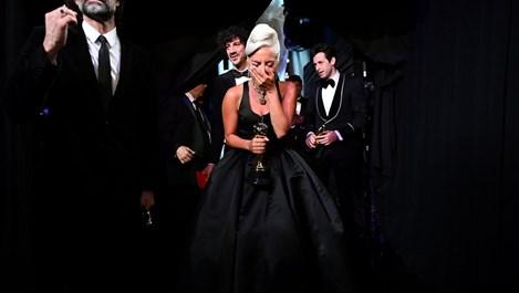 Лейди Гага проговори за любовната си афера с Брадли Купър (Видео+снимки)
