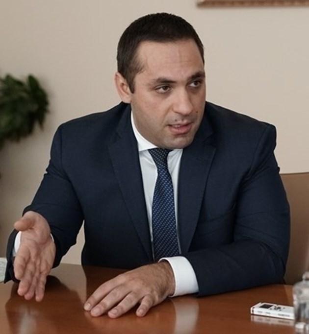 """Индустрията в Перник може да получава вода за производство от язовир """"Бушляк"""""""