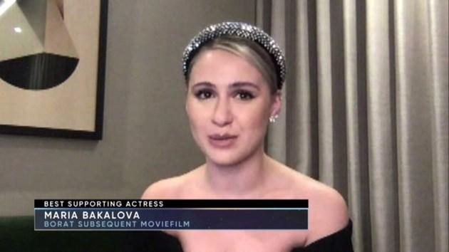 """Мария Бакалова спечели наградата """"Изборът на критиците"""" за поддържаща роля (Видео)"""