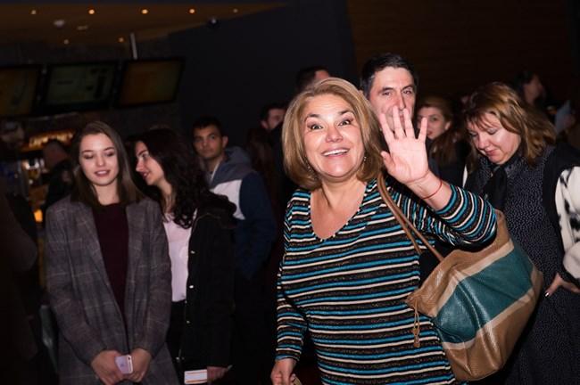 Мартина Вачкова беше сред звездите, които се срещнаха с почитателите си по време на една от прожекциите.